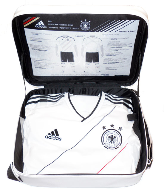 201213 Germany Authentic TechFit Player Issue Home Shirt BNIB L