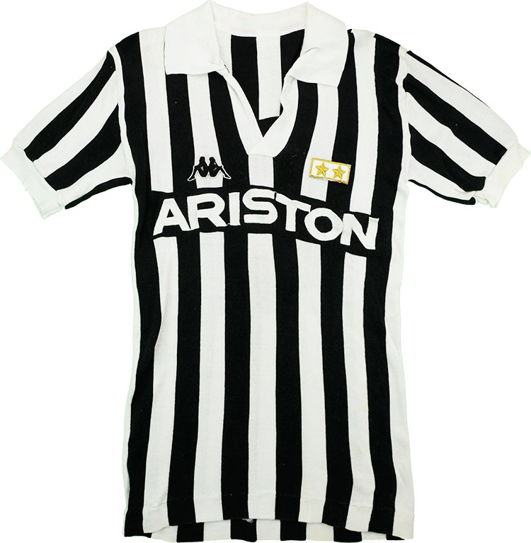 198586 Juventus Match Issue Home Shirt 8